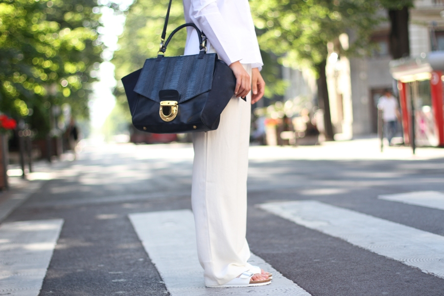 clochet-outfit-streetstyle-mango-white-wide-trousers-cos-white-shirt-sushi-bag-white-birkenstocks-10